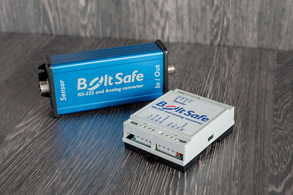 RS-232 and Analog Converter readout method BoltSafe