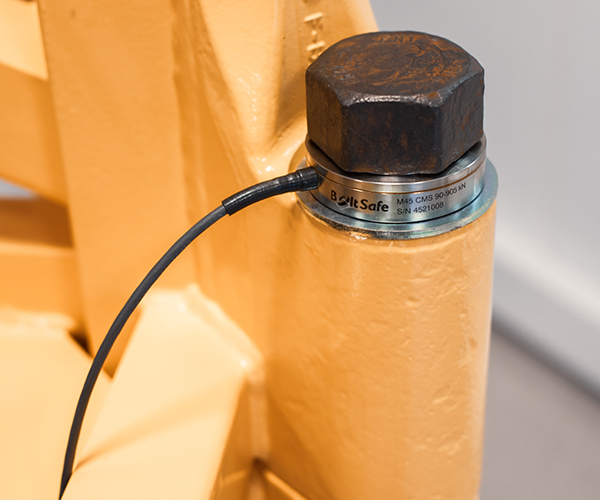 CMS bolt load cell in use